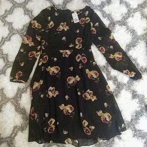 ❤️ Forever 21 Knee length long sleeve dress